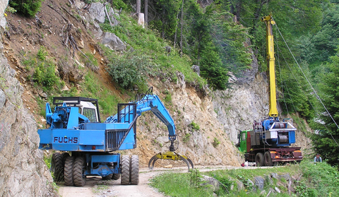 Figure 9: Management on the steep slopes is relying on skyline based logging techniques (photo: Stand Montafon Forstfonds).